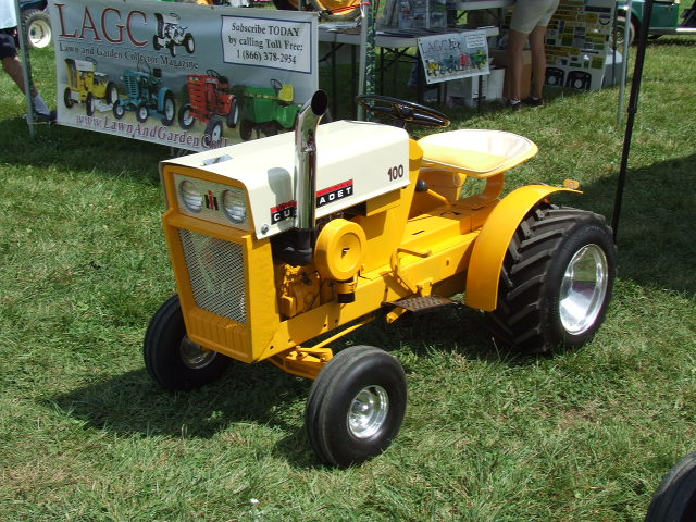 Links to other tractor sites rare garden tractors for Garden machinery for sale